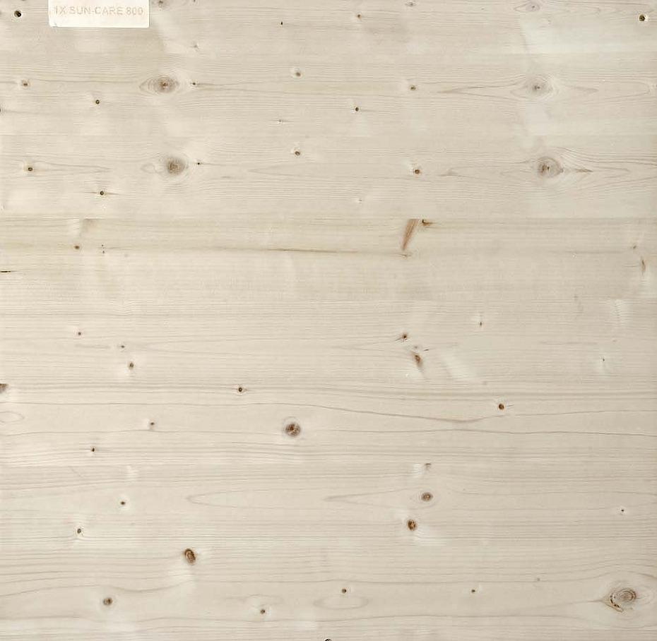 Verkleuring van interieurhout voorkomen met SunCare 800